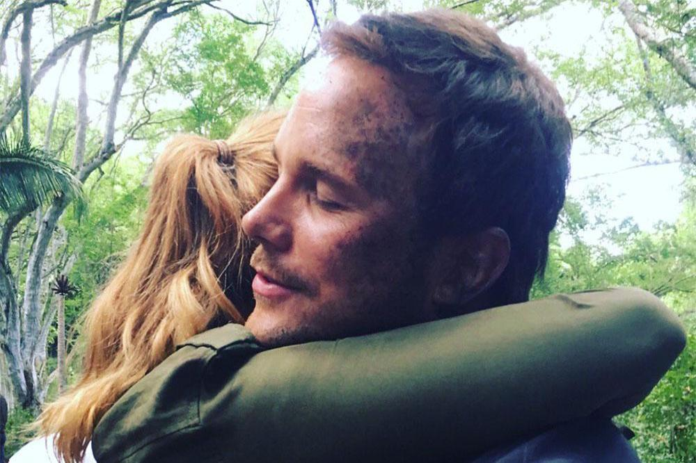 Chris Pratt & Bryce Dallas Howard near drowning on new shooting photos