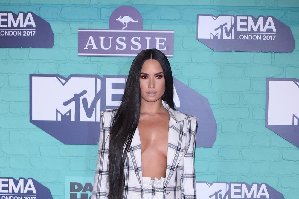 Demi Lovato Faces Rehab Ultimatum: 'She Could Die If She Doesn't'!