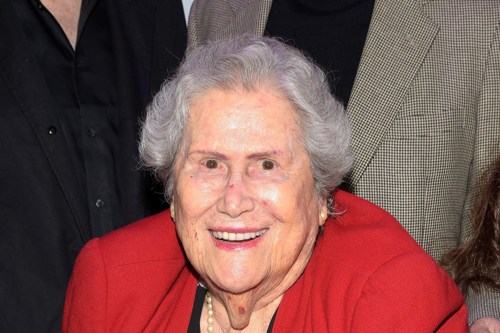 Elsa Raven, Back to the Future and Titanic actress, dies at 91
