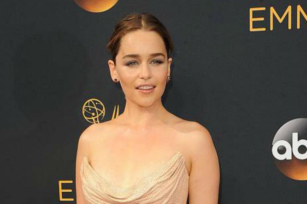 Emilia Clarke Schlaflose Nächte Wegen Game Of Thrones