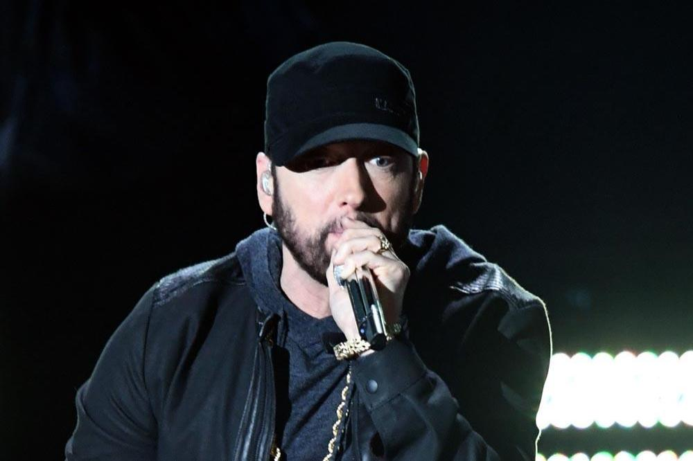 Fans lose themselves over Eminem's surprise Oscars performance