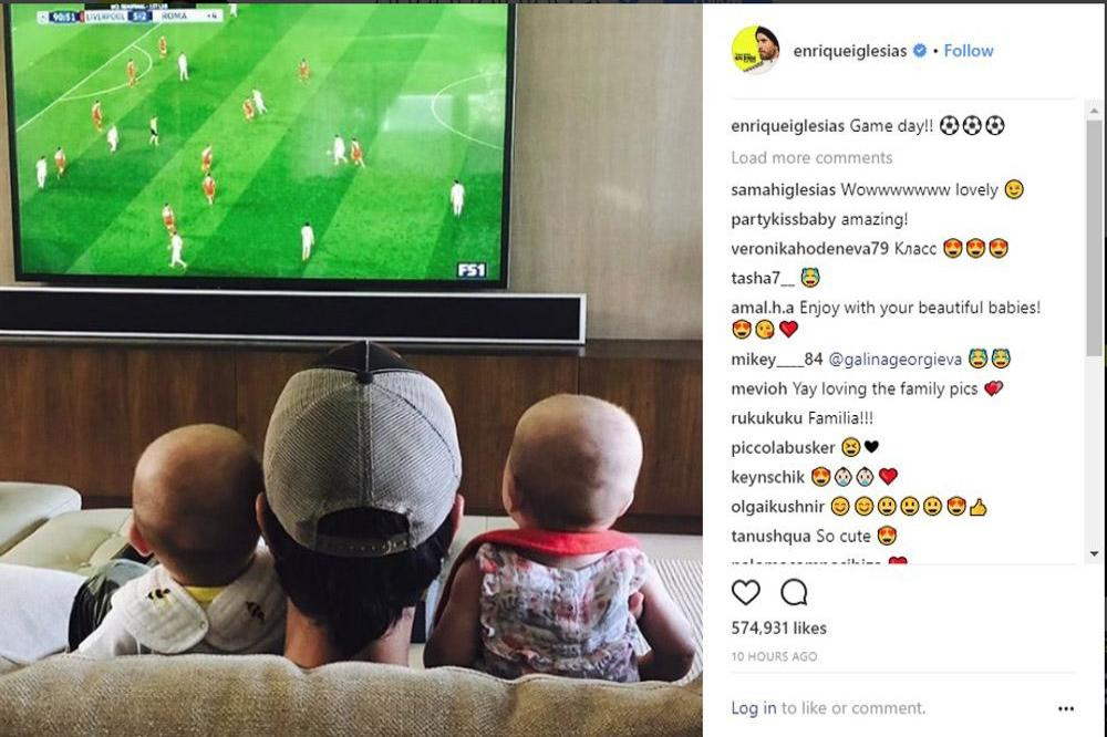 Enrique Iglesias Shares Twin Picture