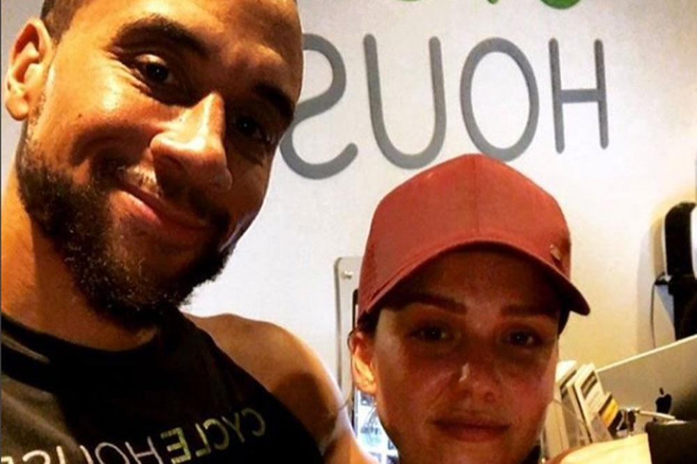 Fitness Instructor and Jessica Alba (c) Instagram