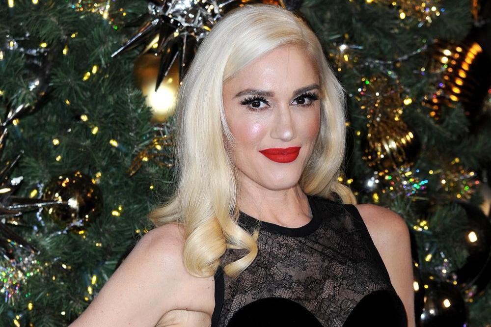 The Perfect Christmas Present.Gwen Stefani S Perfect Christmas Present
