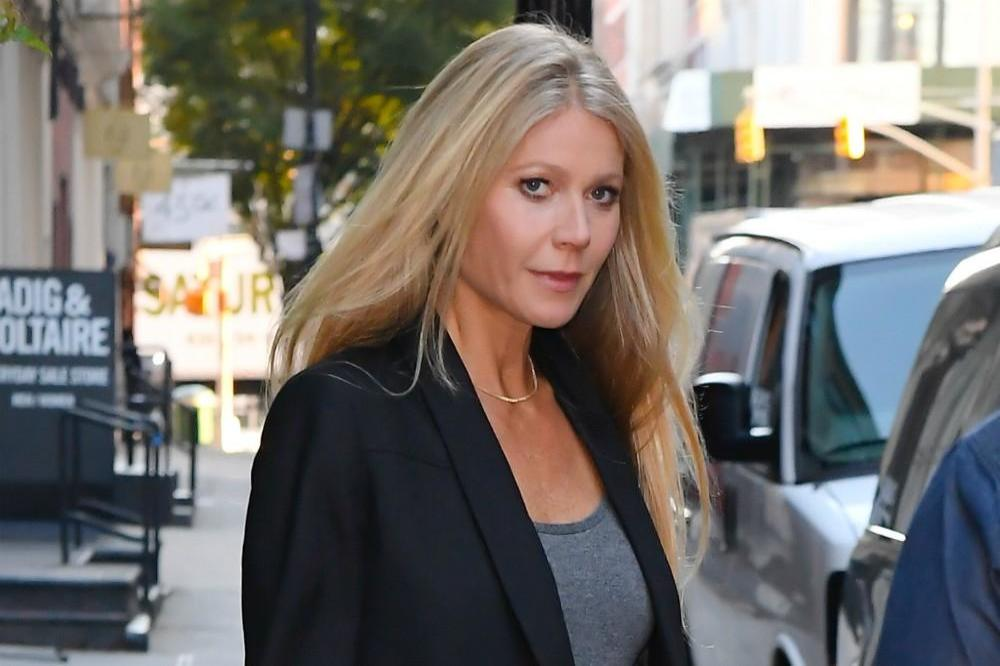Gwyneth Paltrow reveals Rob Lowe's wife taught her about oral sex
