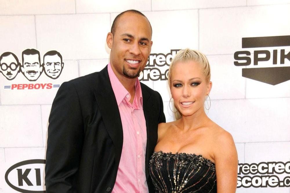 Naked pictures of hank baskett that