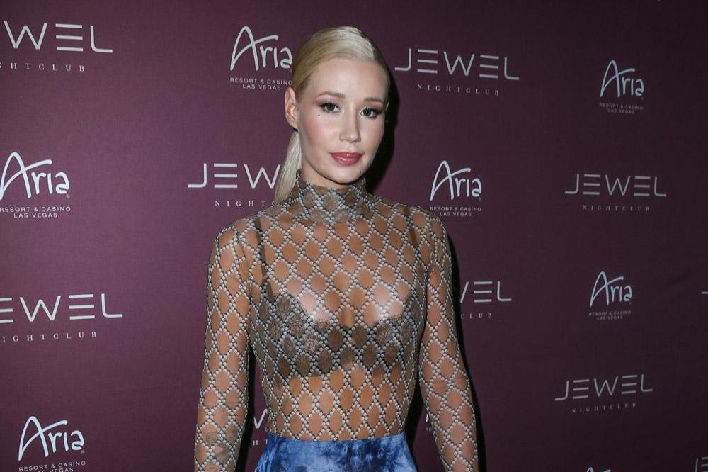 azalea dating Rappers iggy azalea and tyga are sparking dating rumors iggy and tyga spent all weekend together at coachella, attending several parties together.