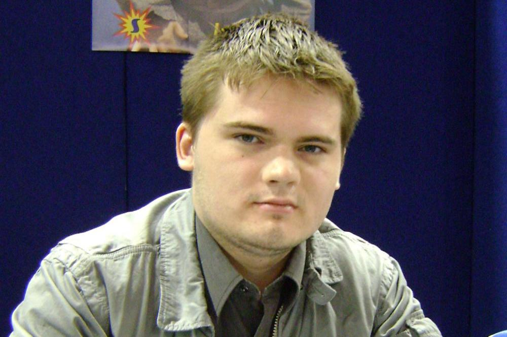 good service retail prices differently Jake Lloyd Diagnosed With Schizophrenia