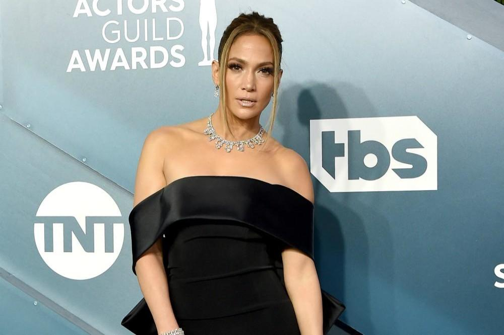 Jennifer Lopez shares cute pictures with her twins on birthday