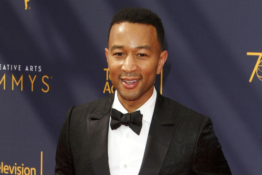 A Legendary Christmas.John Legend To Release Christmas Album