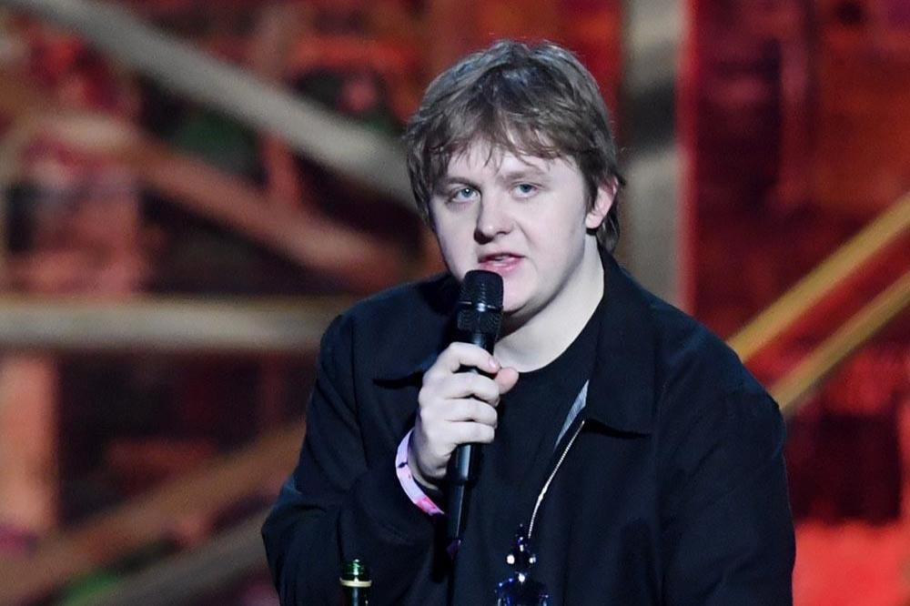 Lewis Capaldi responds to tweet about 'unhealthy relationship with alcohol'