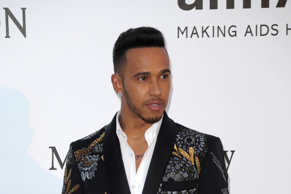 who is lewis hamilton currently dating Official site of british formula 1 racing car driver lewis hamilton f1, music, charity, teamlh love my family and friends this is my life.