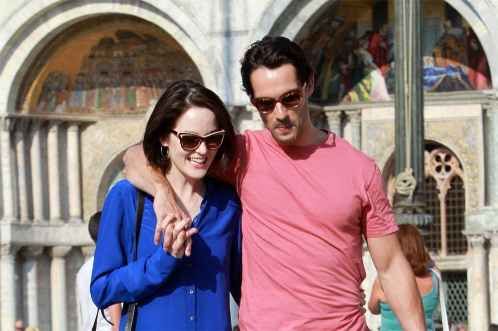 Michelle Dockery Leads Mourners At Fiance S Funeral Downton abbey star michelle dockery's partner, john dineen, has passed away at dineen, a pr professional from ireland, died at a hospice in cork on sunday, december 13, just two days before. michelle dockery leads mourners at
