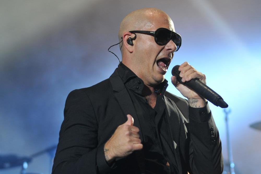 Pitbull Honoured To Be Sofia Vergaras Wedding Singer
