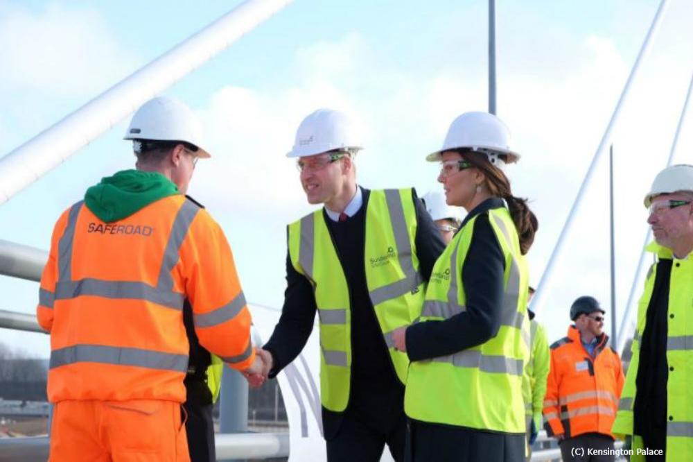 Prince William and Duchess Catherine with their hard hats on (c) Kensington Palace