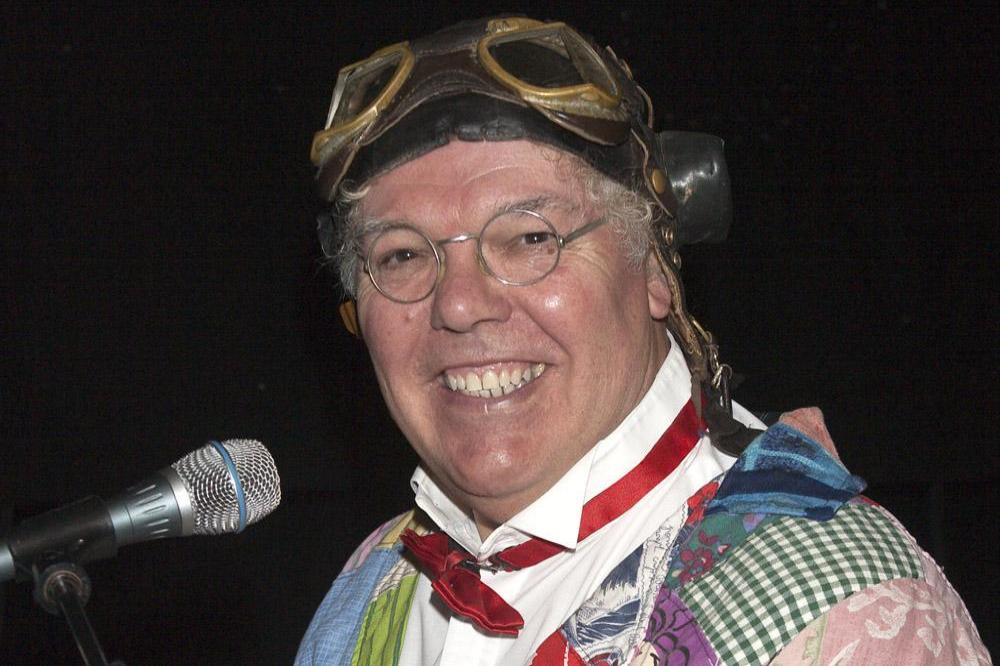 Roy chubby brown shows topic simply