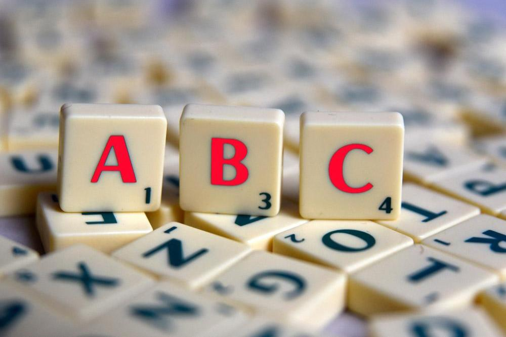 Scrabble star banned for cheating