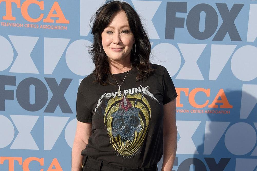Shannen Doherty admits she is struggling with cancer diagnosis