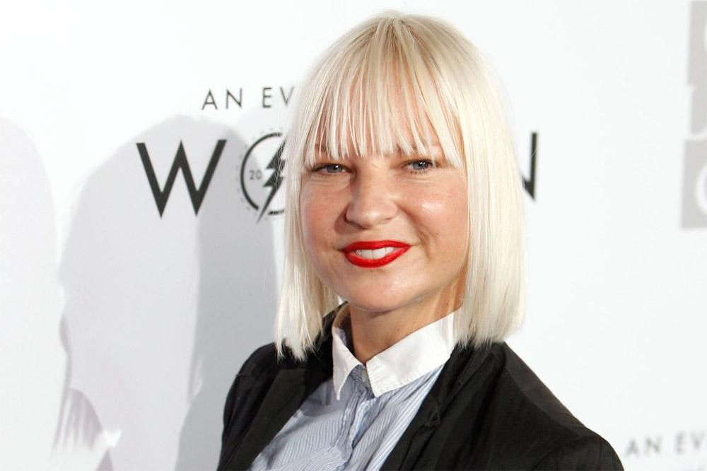 Sia Reveals She's Suffering from Chronic Pain & Other Ailments