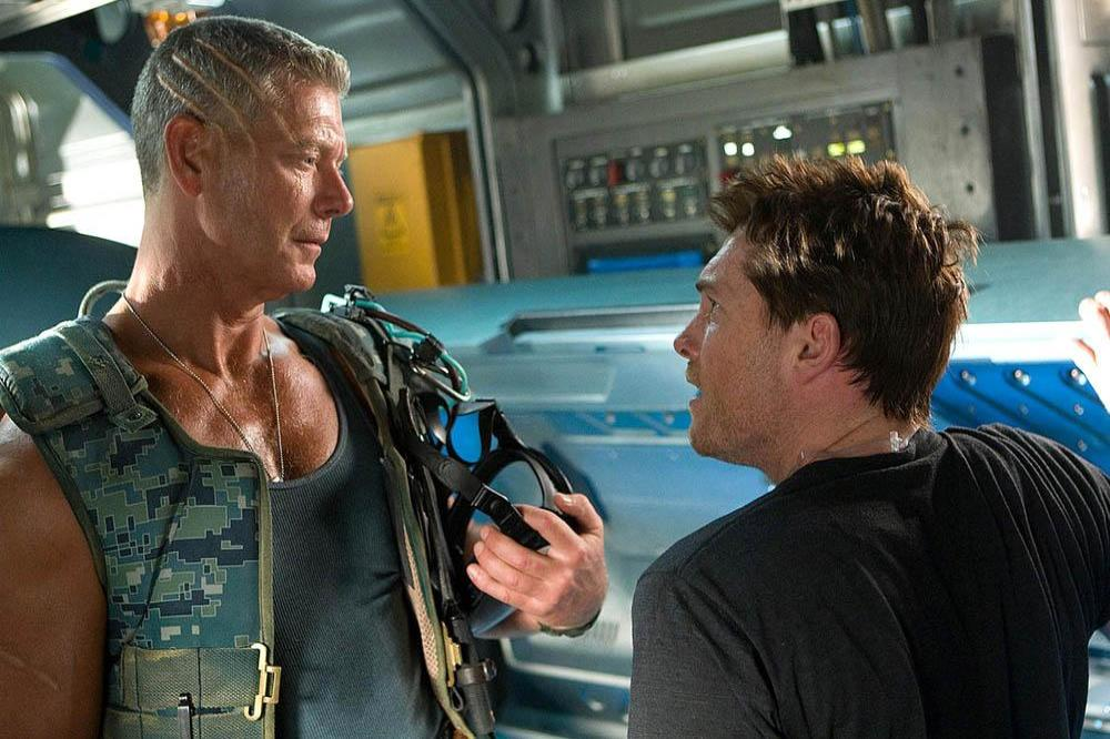 Stephen Lang and Sam Worthington in Avatar