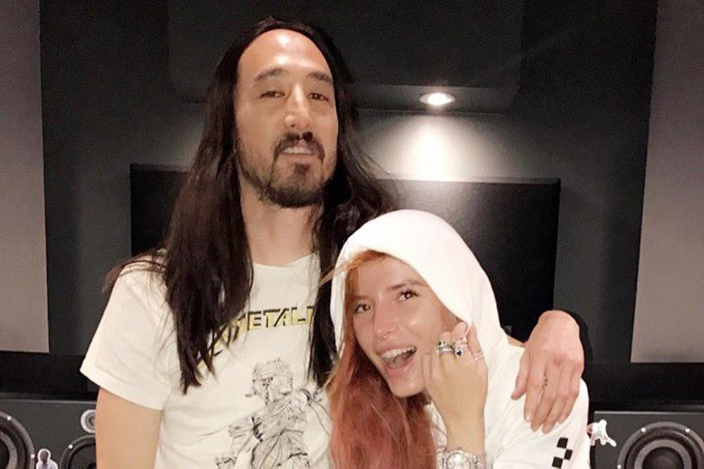 Steve Aoki and Bella Thorne (c) Twitter