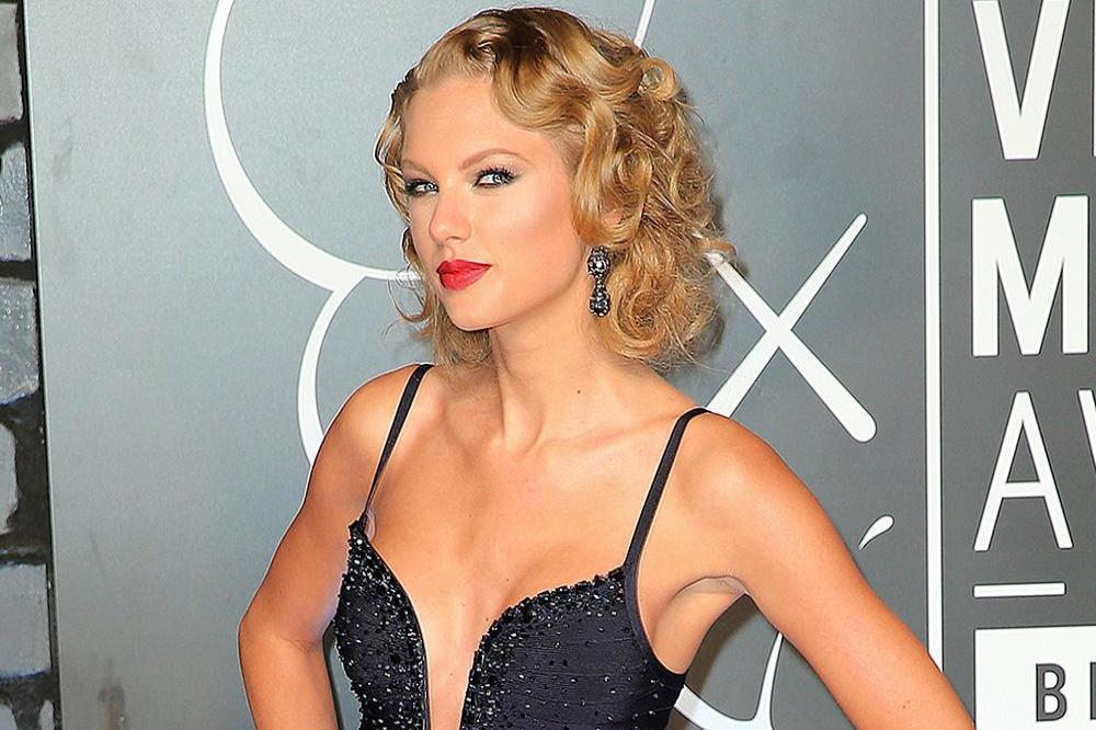 Taylor swift dating history in Perth