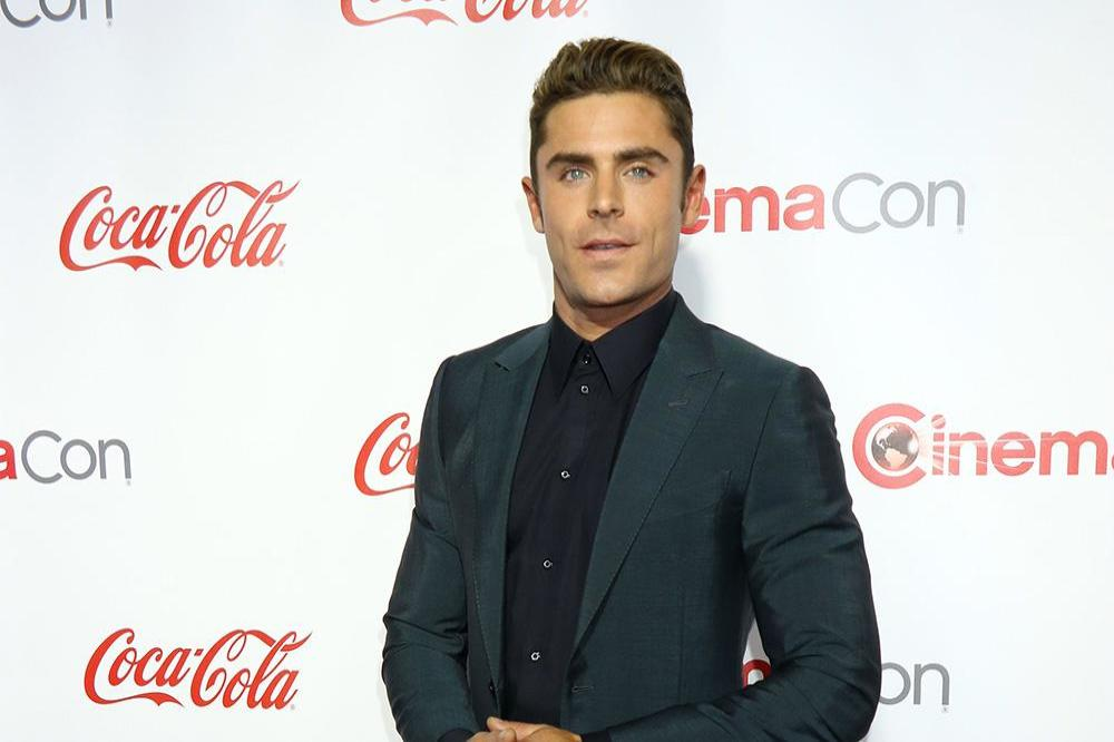 Zac Efron Didn T Need To Dye His Hair For Baywatch