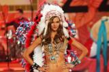 Karlie Kloss walks the Victoria's Secret runway