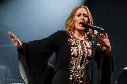 Robbie Williams influenced Adele's baby plans