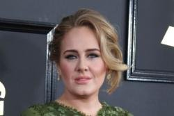 Adele planning move back to UK?