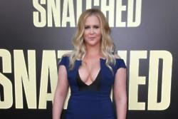 Amy Schumer's brother 'gagged' when he saw her boob in Snatched