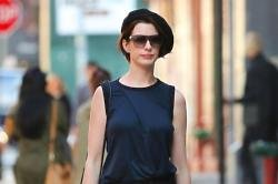 Anne Hathaway Cries 'All The Time'