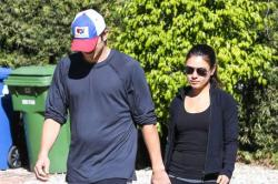 Mila Kunis and Ashton Kutcher to Move to UK