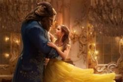 Beauty & The Beast - Exclusive Behind-The-Scenes Clip