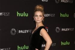 Billie Lourd still struggling with Carrie Fisher's death