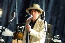 Bob Dylan brings tour to Wembley
