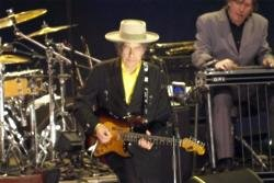 Bob Dylan feels 'lonesome' after deaths of greats