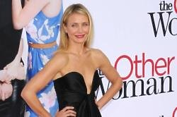 Cameron Diaz ready to strip