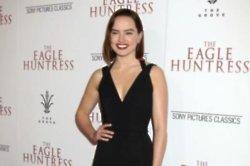 Daisy Ridley praises 'phenomenal' Felicity Jones