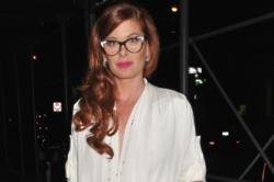 Debra Messing Divorce Finalised