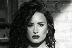Demi Lovato gets career advice from Aretha Franklin