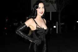 Dita Von Teese Not A Fan Of Miley's Twerking