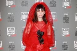 Dua Lipa suffers from claustrophobia