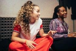 Ella Eyre wants Nicki Minaj to 'growl' on her track