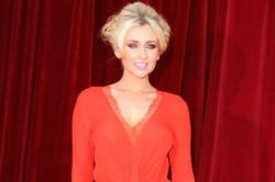 singles in merna Former hollyoaks star gemma merna exudes glamour in a low-cut bodycon jumpsuit as she hits  28 leftover star sure is enjoying the single life.