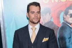 Henry Cavill: Justice League isn't light
