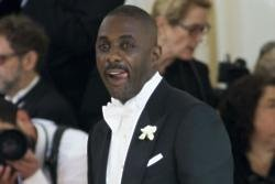 Idris Elba and Kate Winslet got close when filming their movie