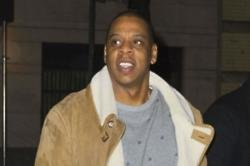 Jay Z flies barber around the world