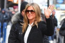 Jennifer Aniston's mother dies