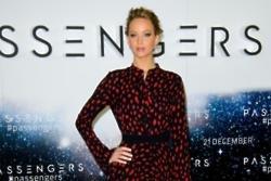 Jennifer Lawrence popped a rib